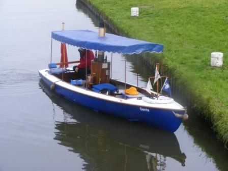 Senta on the River Wey, May 2009 (photo Marguerite Calvert)